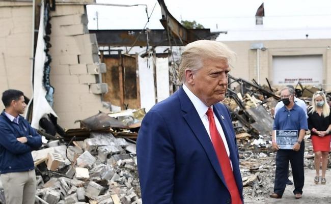 トランプ大統領 ウィスコンシン州 ケノーシャ 訪問 BLM暴動 戦場に関連した画像-06