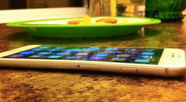 iPhone6 欠陥に関連した画像-01