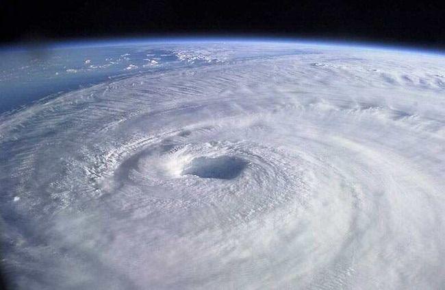 台風28号 マンニィ 台風 トラック諸島近海 発生に関連した画像-01
