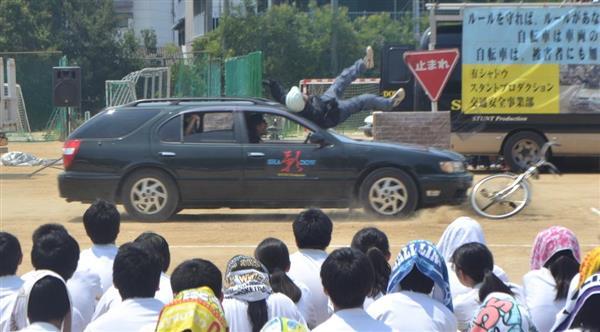 交通安全教室 スタント 事故 死亡に関連した画像-01