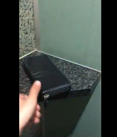 パチ屋 トイレ 財布 聖人に関連した画像-02
