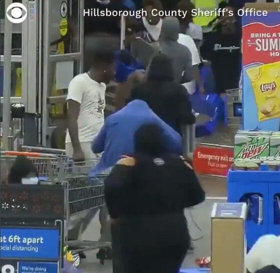 黒人差別 強盗 襲撃に関連した画像-06