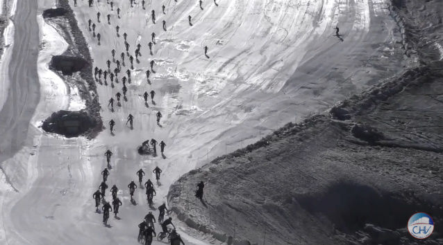 雪山 自転車 地獄絵図 地獄の山に関連した画像-03
