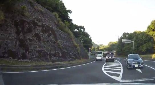 左折 右折 ドラレコ 運転 車に関連した画像-10