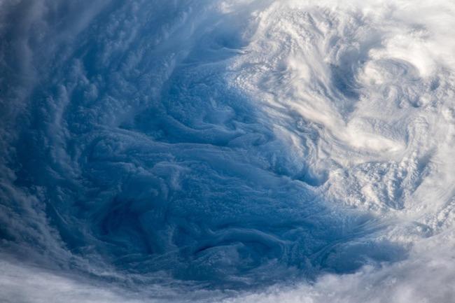 台風24号 写真 宇宙に関連した画像-06