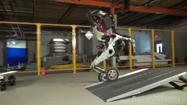 ボストン・ダイナミクス ロボット 2足歩行に関連した画像-05