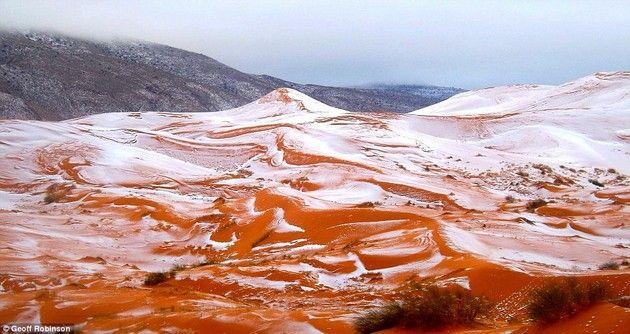 サハラ砂漠 雪 降雪 幻想風景に関連した画像-03