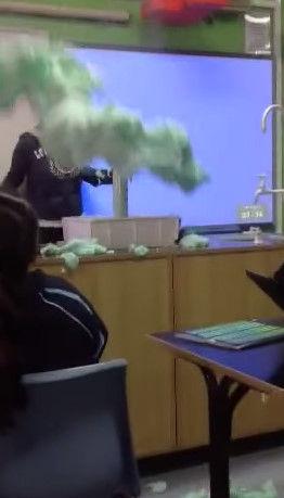 歯磨き粉 実験に関連した画像-09