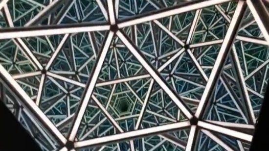 LAアートショー 正二十面体 あわせ鏡に関連した画像-05