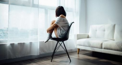 孤立しても平気、親密な関係を作らない、感情を出さない、「スキゾイドパーソナリティ」にあてはまる人いる?
