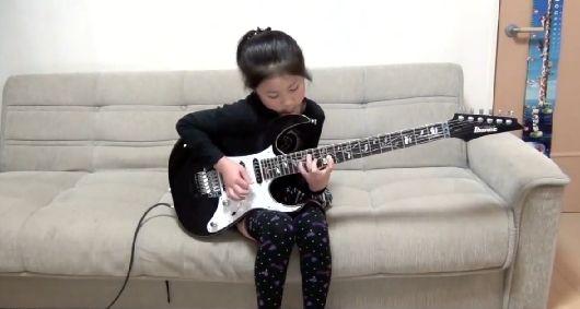 ギターに関連した画像-01