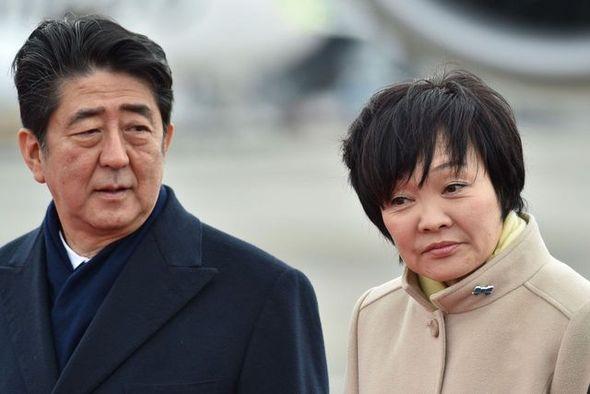安倍首相 安倍昭恵 神社 旅行 外出自粛 大分県に関連した画像-01