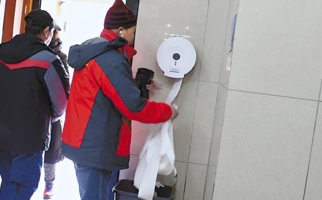 中国 トイレットペーパーに関連した画像-04
