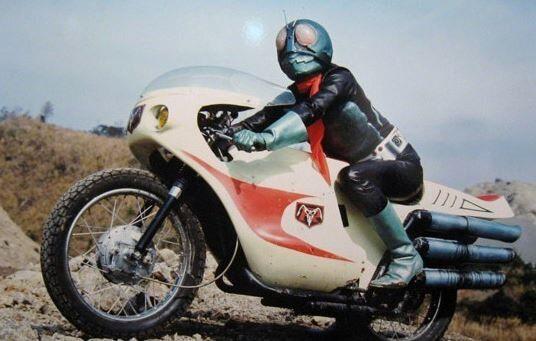 仮面ライダー バイク 乗らない 議論 特撮番組 に関連した画像-01