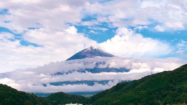 即位礼正殿の儀 虹 天気 奇跡 大雨 天叢雲剣 富士山 台風に関連した画像-05
