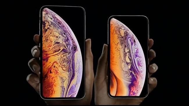 iPhoneXsMax iPhone 新型 画面割れる 世界最速 中国に関連した画像-01