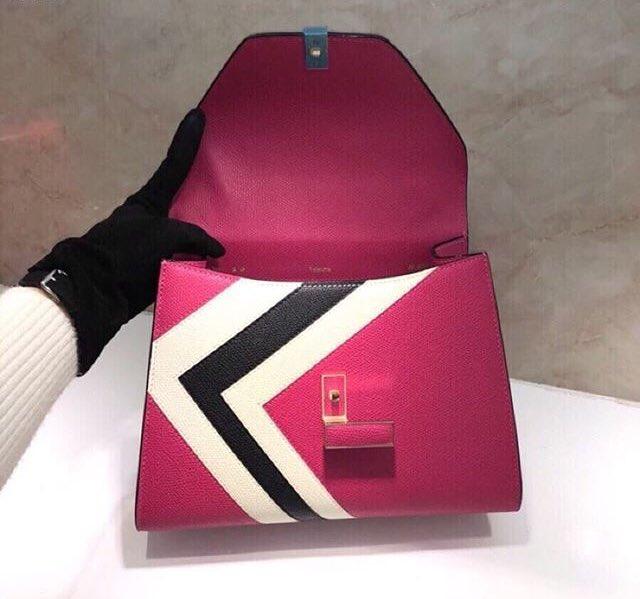 ディケイドブランドバッグに関連した画像-03