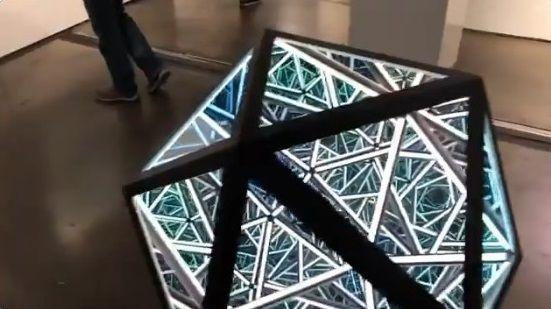 LAアートショー 正二十面体 あわせ鏡に関連した画像-03