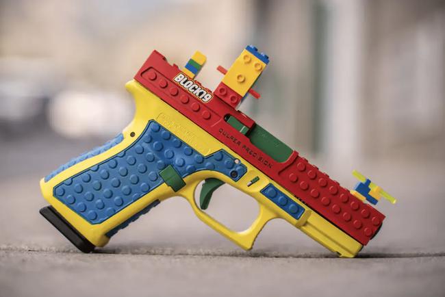アメリカ 銃メーカー 実銃 レゴ キット 販売 反発 製造中止に関連した画像-03