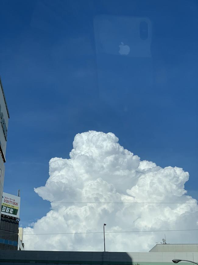 入道雲 iPhone 天国 写真 ツイッターに関連した画像-02