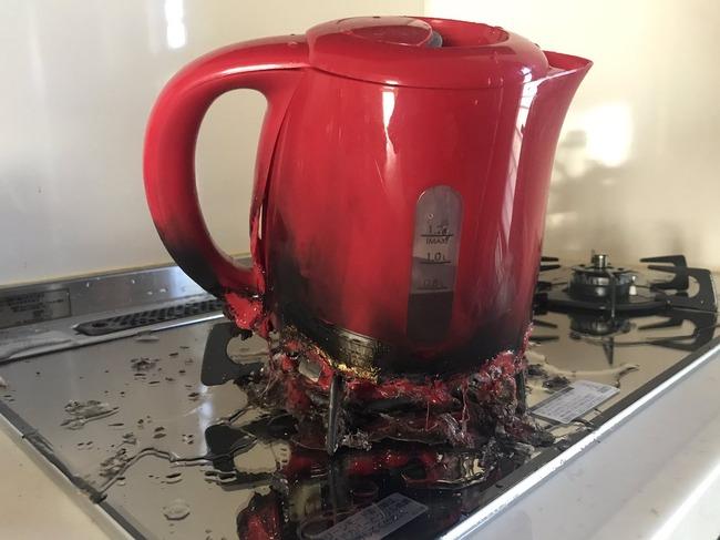 湯沸かし器に関連した画像-02