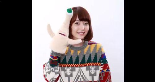 声優・花澤香菜さん、アニメ『ポプテピピック』新作スペシャルで私服ネタを自虐しまくるwww