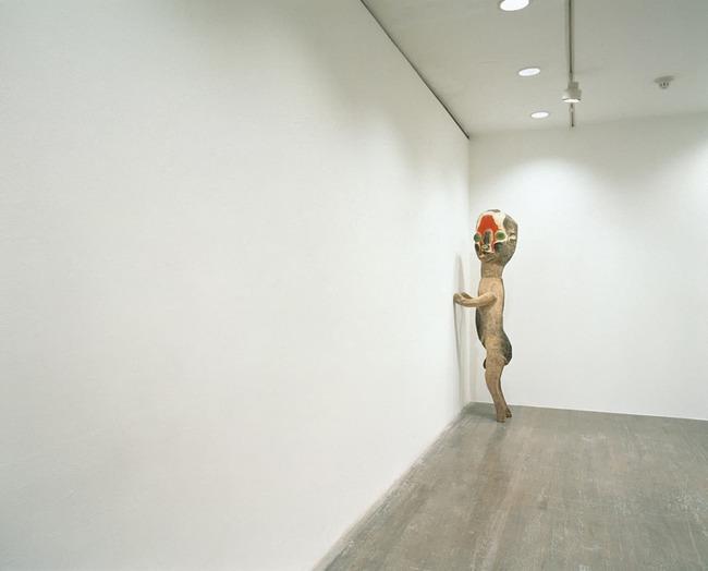 加藤泉 無題2004 個展 原美術館 SCP-173に関連した画像-06