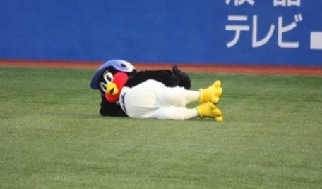 つば九郎 ヤクルト 畜生ペンギン NEWS 未成年に関連した画像-01