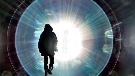 別世界 パラレルワールド ブラックホールに関連した画像-01