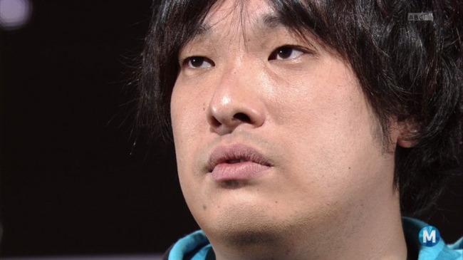 岡崎体育がまた変な曲を公開!! 「冷蔵庫のメモ書きを英語風に読んでみた」という動画が楽曲に派生wwww