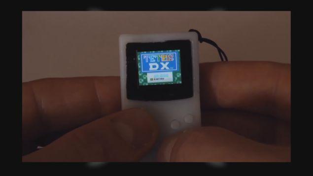 ゲームボーイ 親指 小型 小さいに関連した画像-05