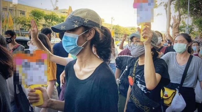 タイ 政府抗議デモ ハム太郎に関連した画像-01