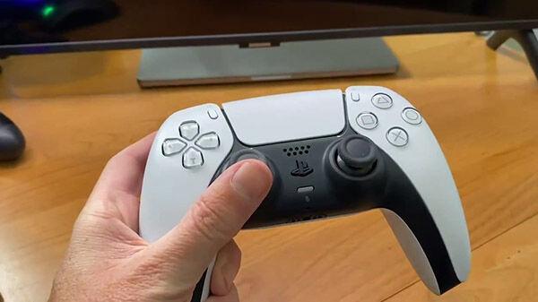 PS5 黒 コントローラー DualSenseに関連した画像-04