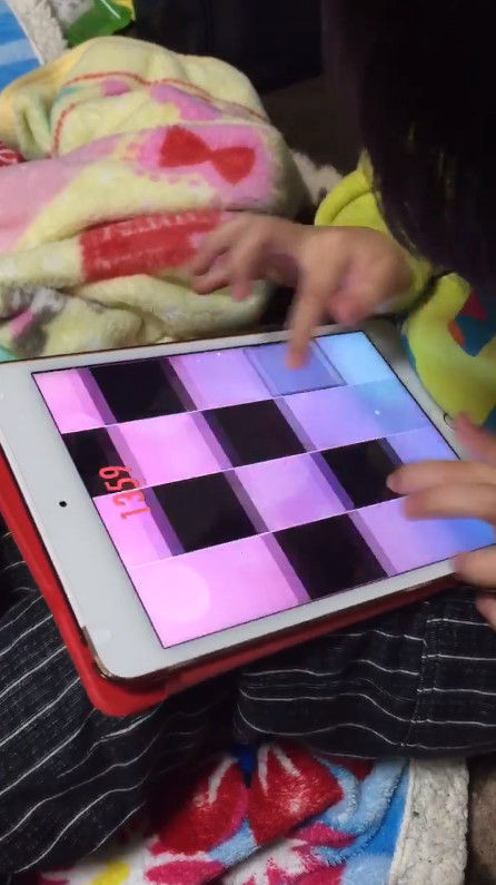 音ゲー 4歳 天才 指に関連した画像-06