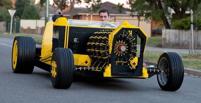 20131225oaida_driving_lego_car1