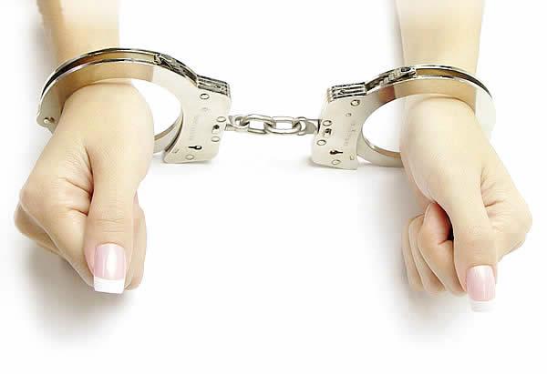 逮捕 睡眠 薬 警察 泥酔に関連した画像-01