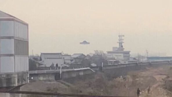 ツイッター UFO 撮影 アトラクション なばなの里に関連した画像-01