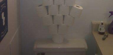 トイレットペーパー積みに関連した画像-01