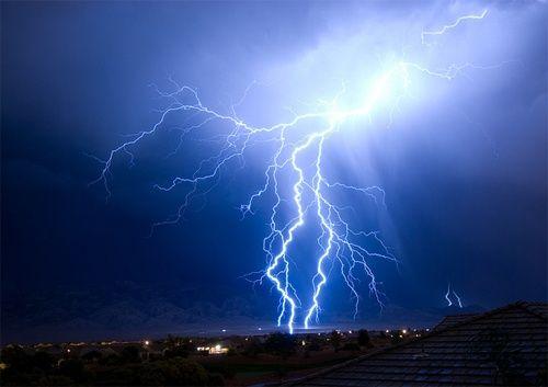 雷に関連した画像-01