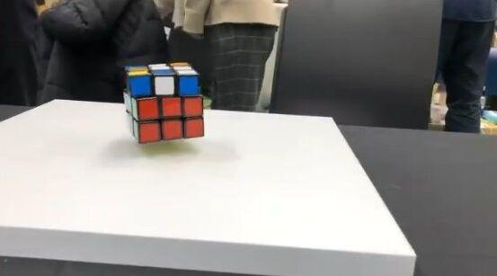 ルービックキューブ 浮遊 自動に関連した画像-04