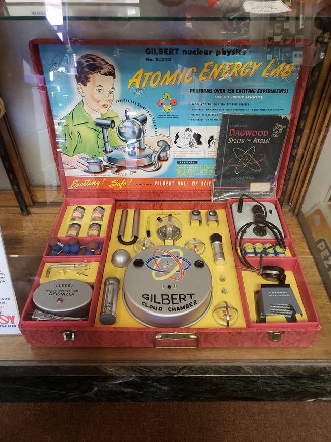 1950年 子供 原子力 研究 セット おもちゃに関連した画像-02