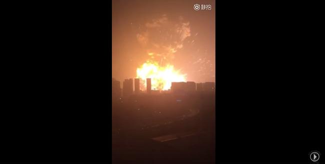 中国 爆発に関連した画像-03