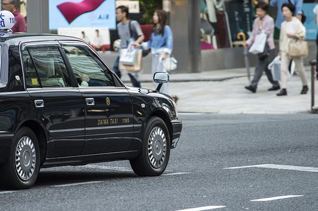 タクシー 見知らぬ 男 車 女性 行方不明に関連した画像-01