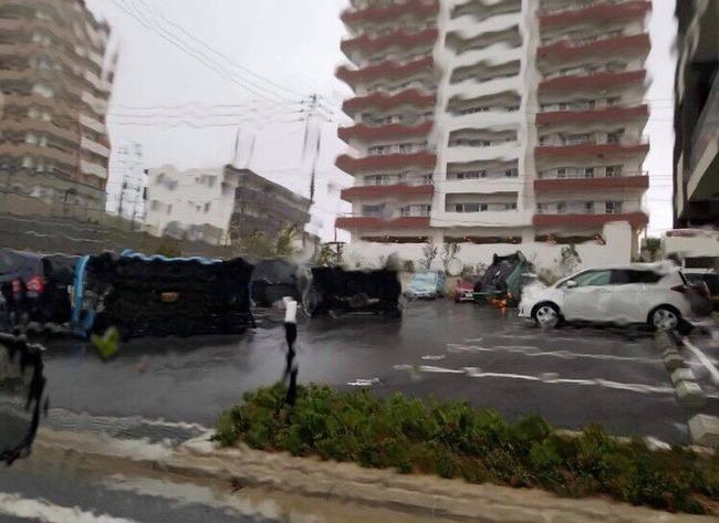 台風 24号 沖縄 日本 暴風雨に関連した画像-07