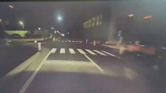 運転 車 交差点に関連した画像-02