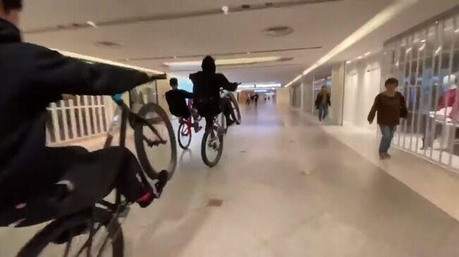 なんばCITY 駅ビル 暴走 自転車 BMX パフォーマンス集団 書類送検に関連した画像-01