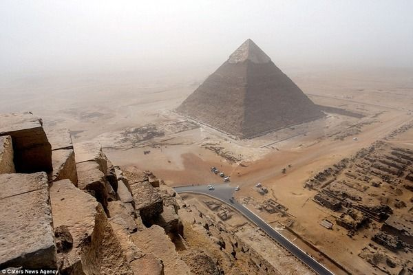 バカッター ピラミッド 海外に関連した画像-05