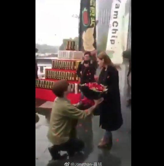 中国 御曹司 白人 女性 プロポーズ 失敗に関連した画像-03