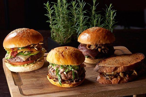 ハンバーガー オークドア ジャンボサイズ グランドハイアット に関連した画像-04