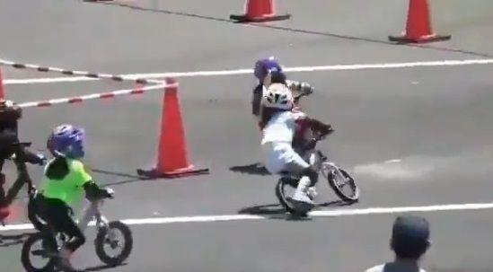 ランニングバイク レース ガチに関連した画像-06